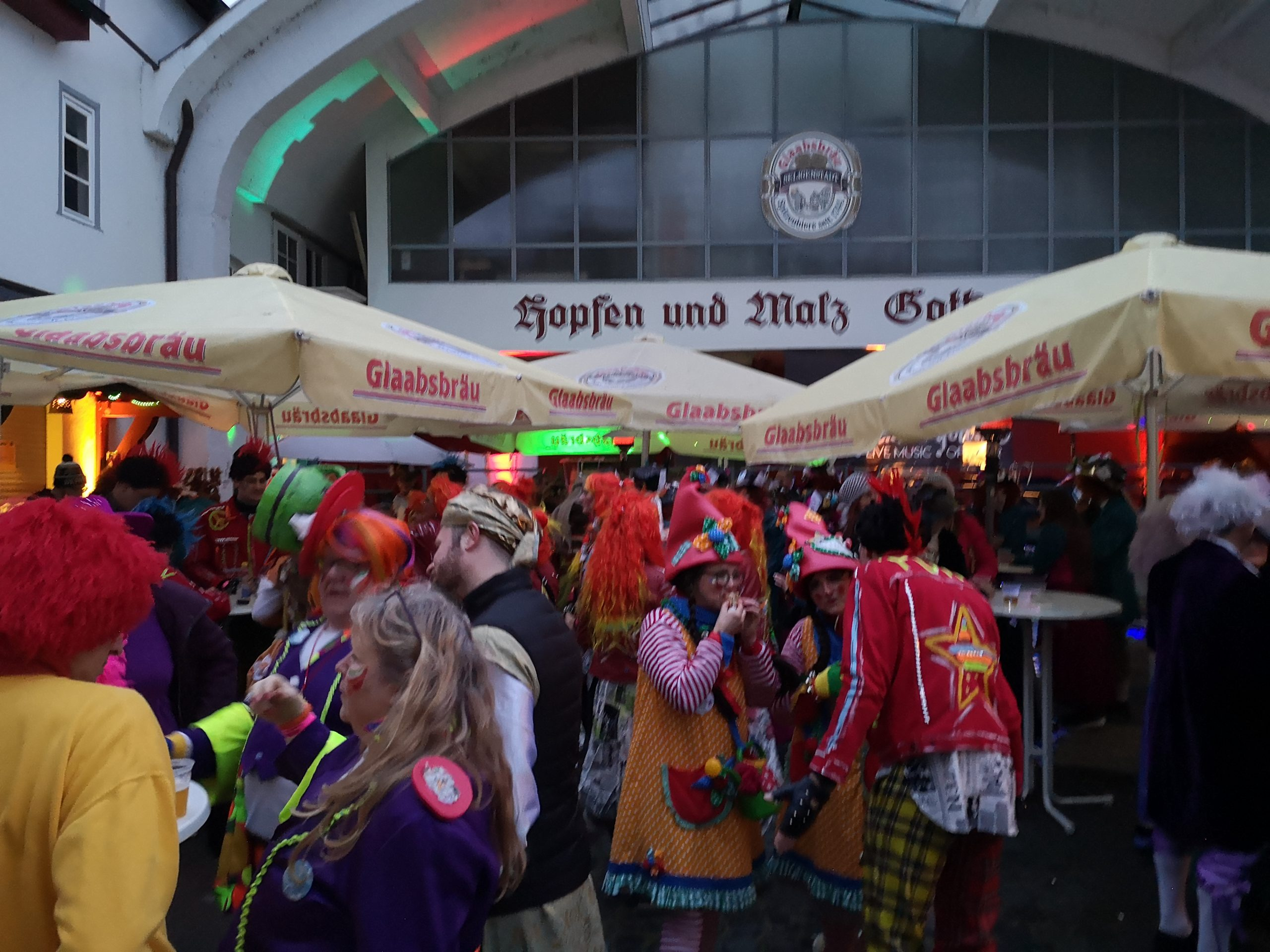 Rosenmontag After-Zug-Party Ein Voller Erfolg